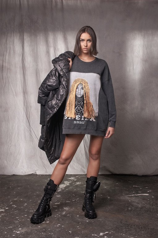 SWEATSHIRT WITH FACE MOTIVE  SHEILA SS20